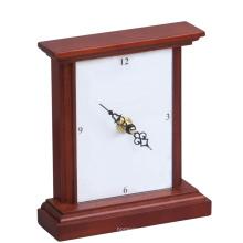 Reloj de madera para la decoración del hogar