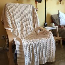 Großhandel Beliebteste Häkelarbeitknit Blanket Mode Weich Viele Größe Wolldecke Handgemacht