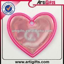 Etiqueta reflectante personalizada de la forma del corazón del diseño