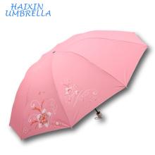 Népal SUN Marque et Inde Marché Polyester Argent Revêtement En Soie Écran Fleur Imprimer Tissu 3 Pliant Chine Parapluie Distributeurs