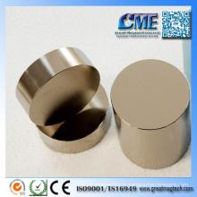 Imanes grandes de neodimio magnéticos industriales
