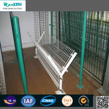 High Quality Iron Wire Mesh Fence Panel
