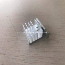 Profilé de tampon en aluminium 6061CNC pour dissipateur thermique