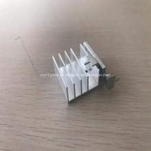 Perfil de carimbo de alumínio 6061CNC para dissipador de calor