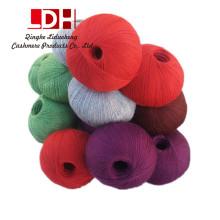 Hilo de cachemira de seda peinada suave natural de la fibra Hilo de tejer hilado de algodón grueso del ganchillo para hacer punto el hilo