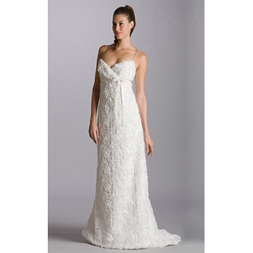 Kekaisaran A-line V-neck Chapel Train Organza Belt Wedding Dress