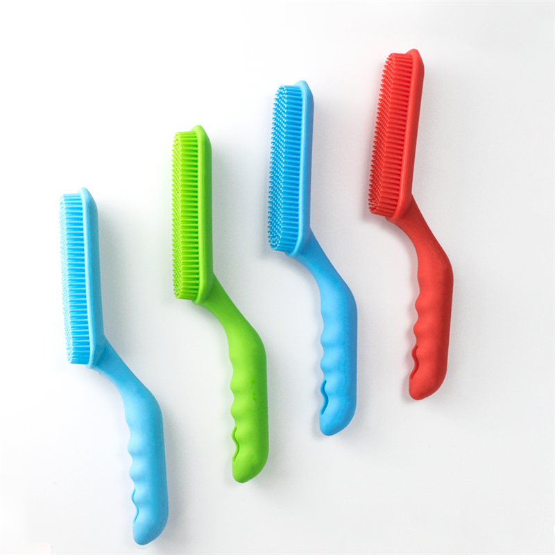 Silicone Pet Brush 2