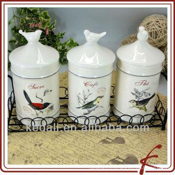 Хранение керамического кофе в контейнере