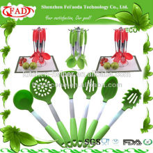 Silicone cook tool / kitchen utensil set