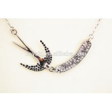 Exquisite 316l aço inoxidável andorinha com cristal engole pingente colar