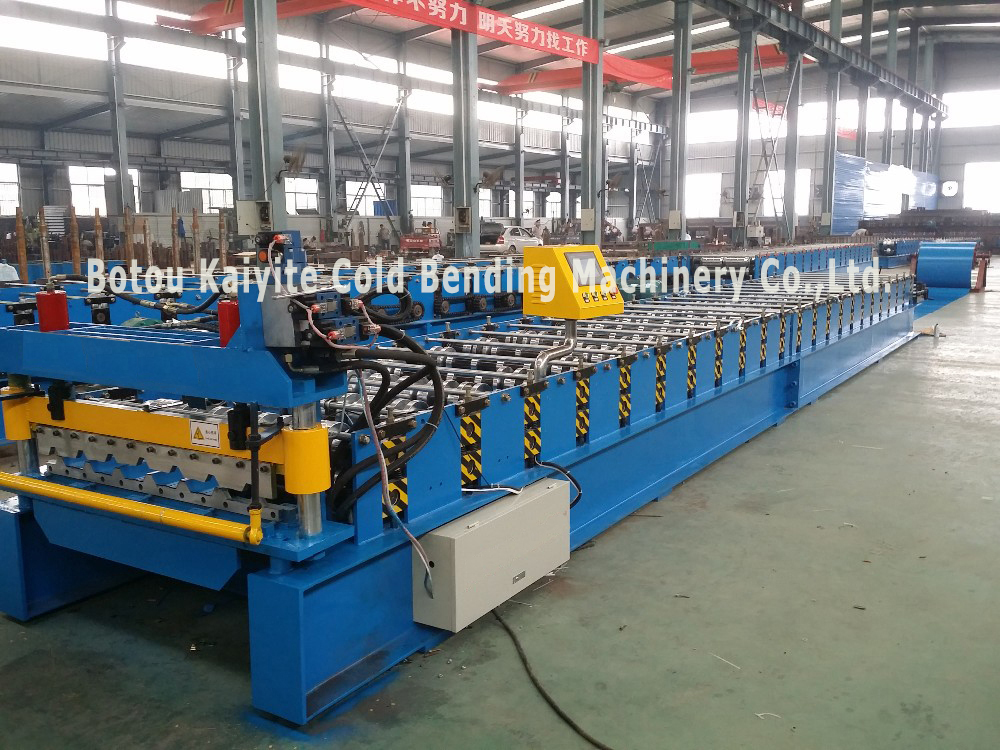 Trapezoid Roofing Sheet Cold Roll Forming Machine