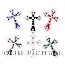 Etiquetas engomadas bordadas cruz con los Rhinestones