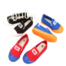 New Sale Popular Children′s Canvas Shoes