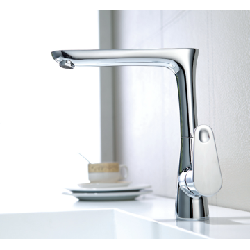 Kuningan Rotatable Fleksibel Mixer Kitchen Basin Faucet