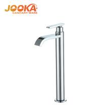 Grifo para lavabo de una manija de agua fría tipo alto