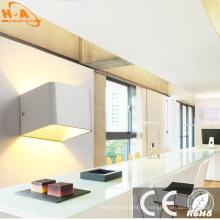 Хорошая жара рассеивает Алюминиевый настенный светодиодный свет
