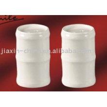 Saleiro e pimenteiro de porcelana branca JX-80A