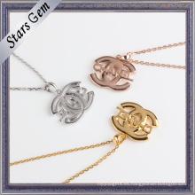 Forme a insignia especial 925 el collar de plata plateado oro de la joyería