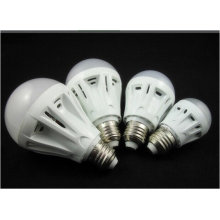 7W 2835 E27 AC220~240V LED Energy Saving Bulb