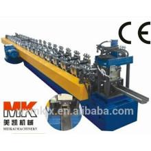 C-Türrahmen, der Maschine bildet