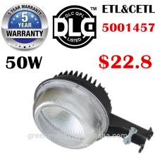 ETL DLC 5 ans de garantie 125lm / w 30w 50w 70w LED réverbère de lumière de crépuscule à l'aube LED luminaire conduit grange yard lumière
