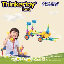 Jogo plástico do enigma das crianças, brinquedo intelectual do tijolo do edifício