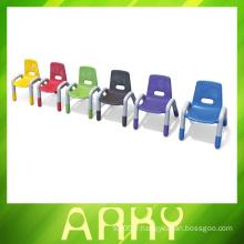Chaises en plastique pour enfants en plastique pour enfants