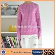 O cou en gros mode laine tricoté pull