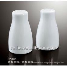 2014 elegante diseño blanco fino de porcelana sal y pimienta