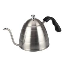 Col de cygne verser sur une bouilloire à café ou à thé