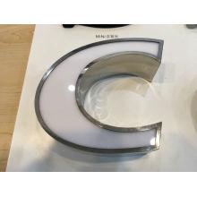 Sinal acrílico do diodo emissor de luz do Lit 3D da superfície acrílica de aço inoxidável da soldadura da borda