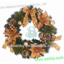 Guirnalda 2016 de la Navidad del oropel del metal