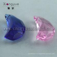Forma de luna de colores de 20mm ante cuentas de cristal