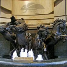 Hochwertiger Pferde-Bronze-Brunnen