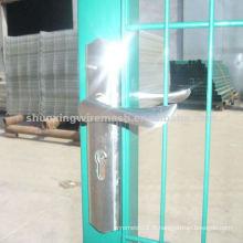 Porte métallique à clôture unique
