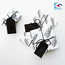 Kostenlose Probe Luxus Recycling Schwarz Farbe Geschenkpapier Hang Tag mit Logo