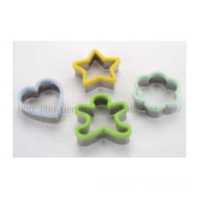 4pcs Cookie Cutter Set with Silicone Ring