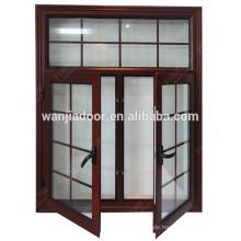 Fenster und Türen aus weißem Aluminium