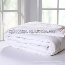High quality different filling material available wholesale hotel polyester quilt