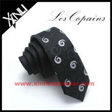 Cravates en soie de haute qualité pour hommes