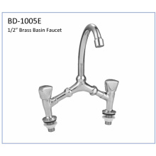 Bd1005e Brass Bridge Type Kitchen Faucet