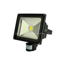 Projecteur LED haute puissance extérieur 50W RGB avec capteur PIR