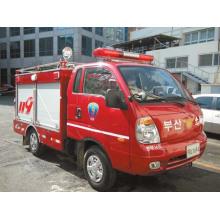 Na moda seller Mini Forland luta contra o incêndio caminhão
