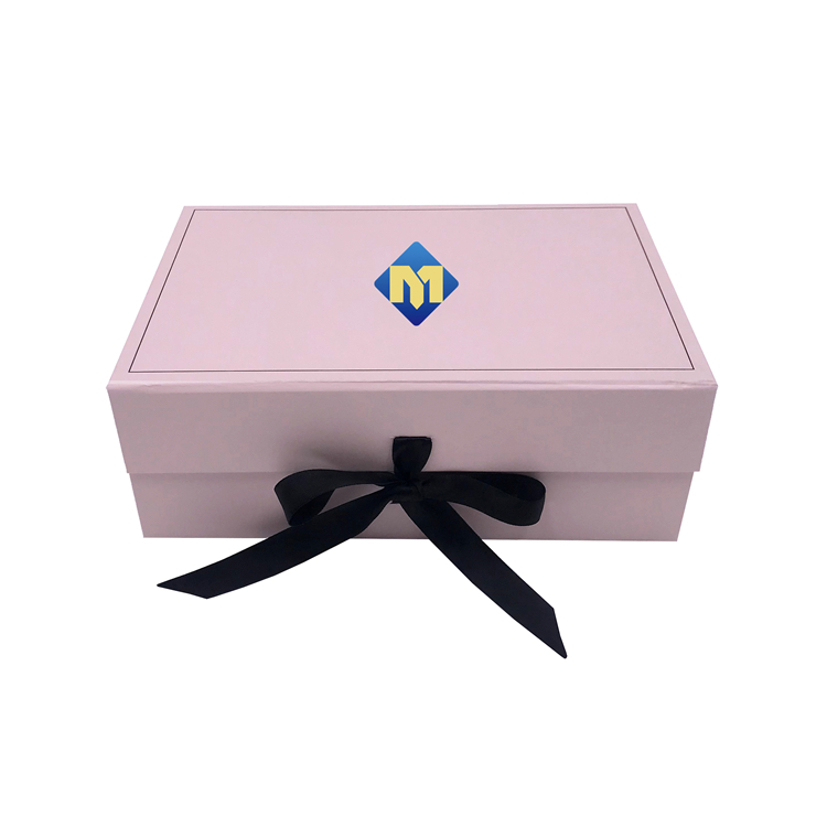Pink Clothing Gift Box 1