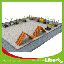 Neuer Design Vergnügungspark Outdoor Spielplatz Typ Kinder Wooden Spielplatz
