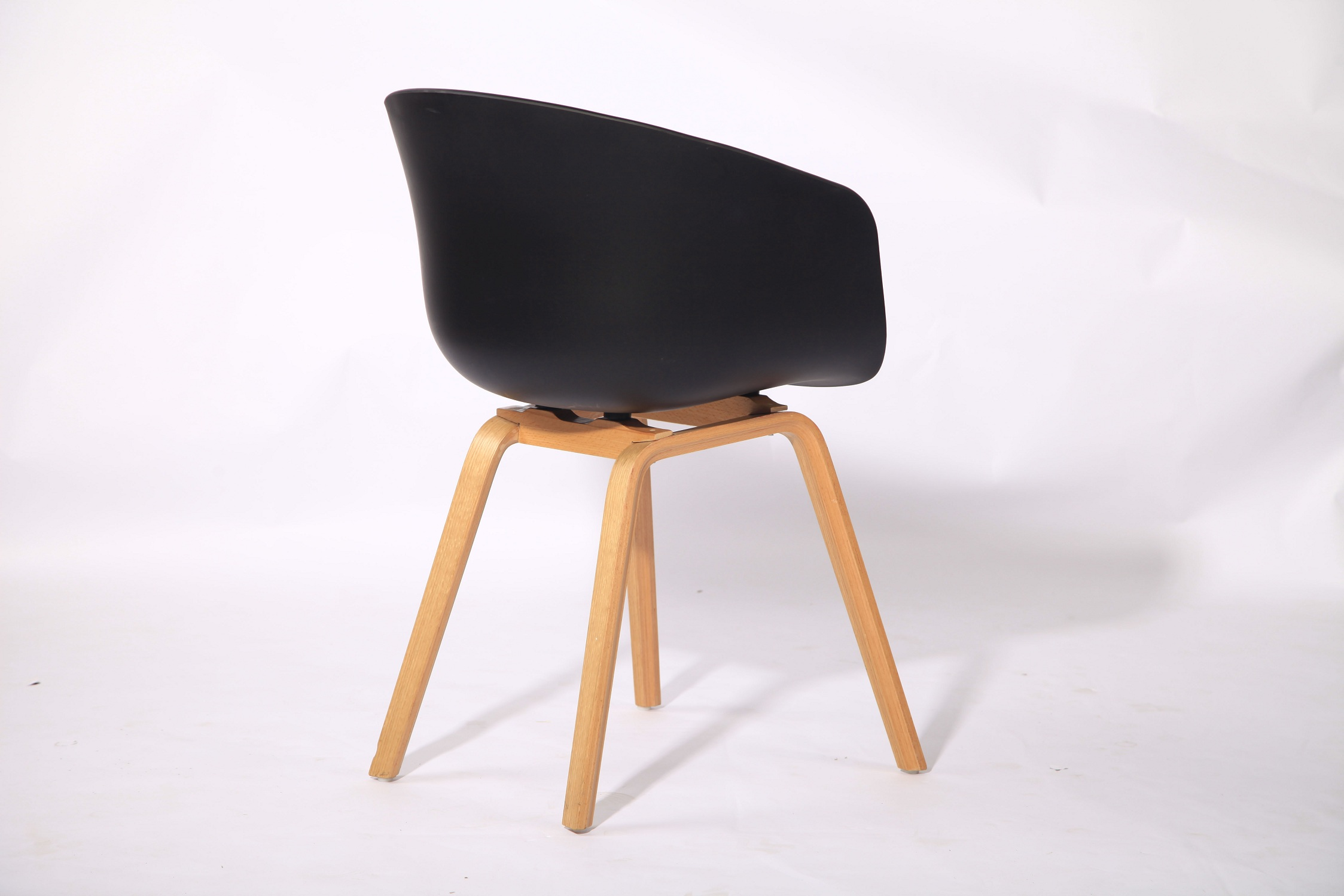 PP Seat Cheap Dinning Chair