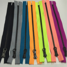 High Quality Colorful Nylon Zipper #5 Zipper