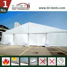 15x40m Zelt für 500 Personen in Botswana mit Dekoration
