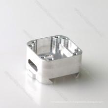 Aluminium 6061 anodisant la partie d'usinage de commande numérique par ordinateur avec le logo de gravure de perdant