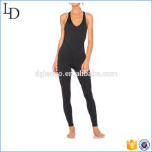 El yoga de una sola pieza del cuerpo de tiras lleva el desgaste atractivo negro del bodycon del deporte